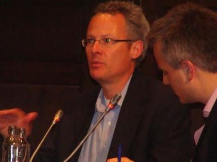 Dommer of slimmer door internet? Nicholas Carr en zijn criticasters