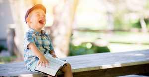 kind boek lachend avg.jpg